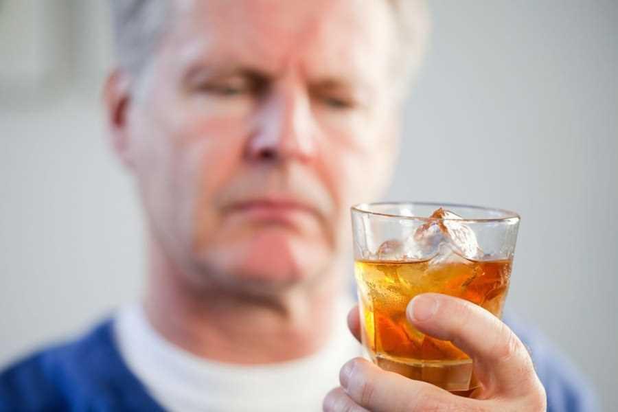 Алкоголизм как лечить без ведома